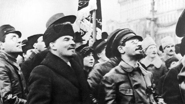 Владимир Ленин и Яков Свердлов