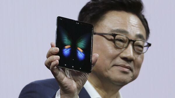Презентация новых смартфонов Samsung