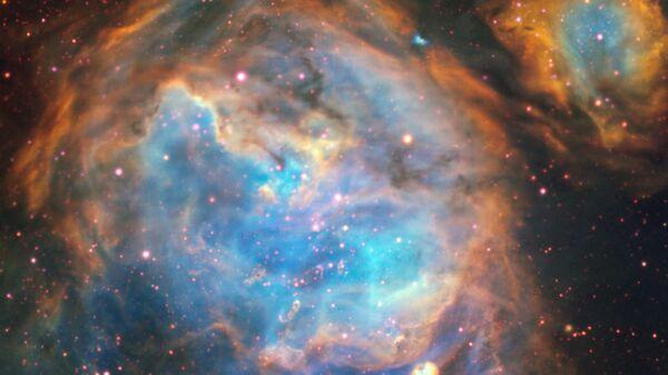 Формирующиеся звезды в галактике Большое Магелланово облако