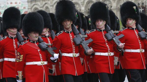 Полный, вперед! Британская армия раздалась в размерах