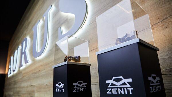 Фотоаппараты Зенит на Женевском автосалоне