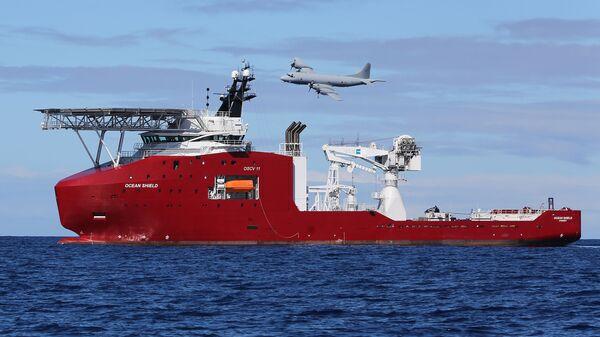 Поиск пропавшего самолета Malaysian Airlines в Индийском океане