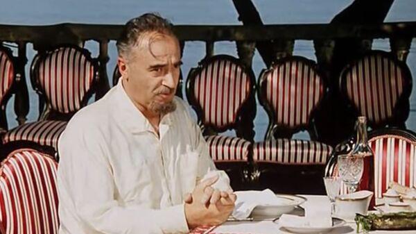Кадр из фильма 12 стульев