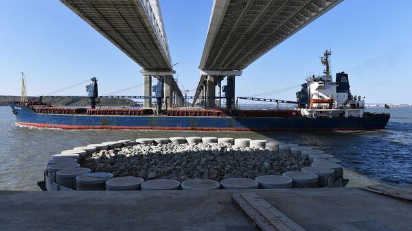 Пролеты Крымского моста