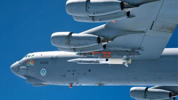 Ракетно-бомбовый угар. Американский В52 сымитировал атаку на Россию