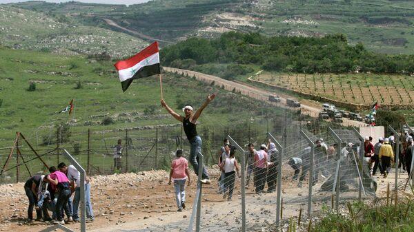 Акция протеста на границе между Сирией и Израилем в районе Голанских высот