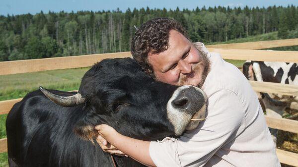 Фермер Олег Сирота на фестивале фермеров – сыроваров в Московской области