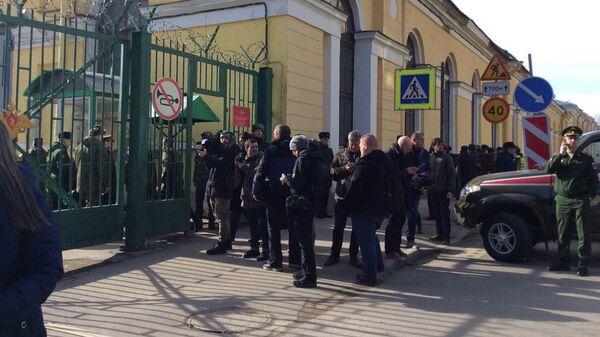 Ситуация на месте взрыва в Академии имени Можайского в Санкт-Петербурге. 2 апреля 2019