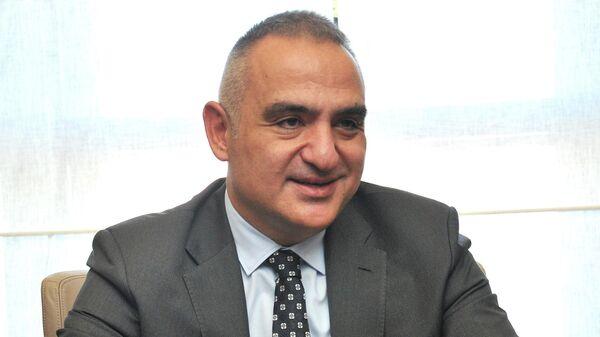 Министр культуры и туризма Турции Мехмет Нури Эрсой
