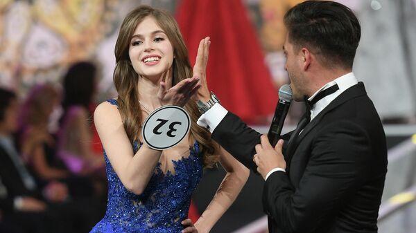 Мисс Россия 2019 Алина Санько во время выступления в финале конкурса Мисс Россия 2019