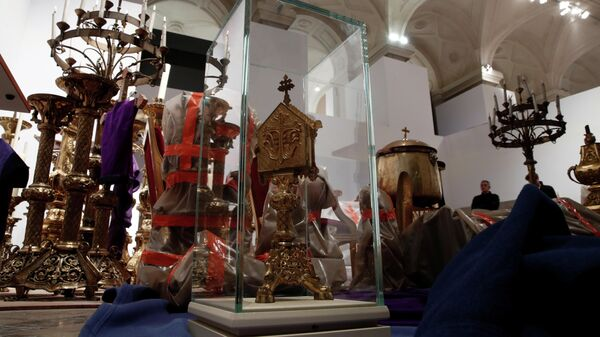 Спасенные реликвии из собора Парижской Богоматери
