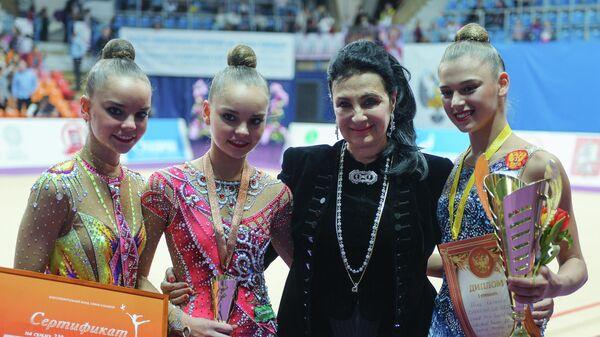 Ирина Винер-Усманова и Дина Аверина, Арина Аверина и Александра Солдатова (слева направо)