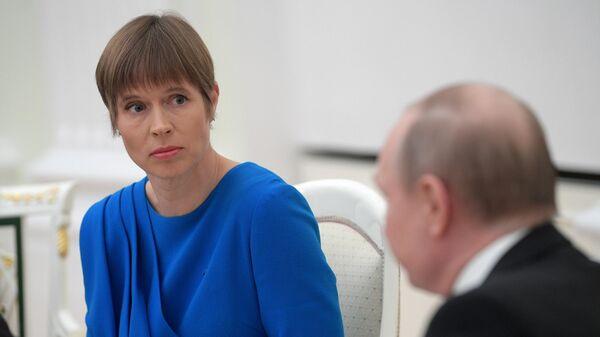 Президент Эстонии Керсти Кальюлайд во время встречи с президентом РФ Владимиром Путиным. 18 апреля 2019