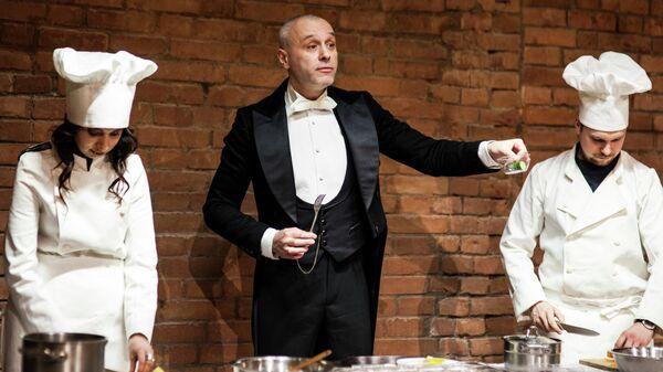 Театр Школа современной пьесы приглашает на исторический променад