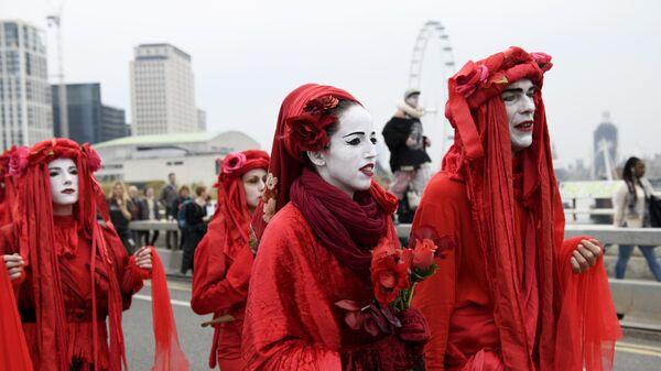 Акция в Лондоне против загрязнения окружающей среды