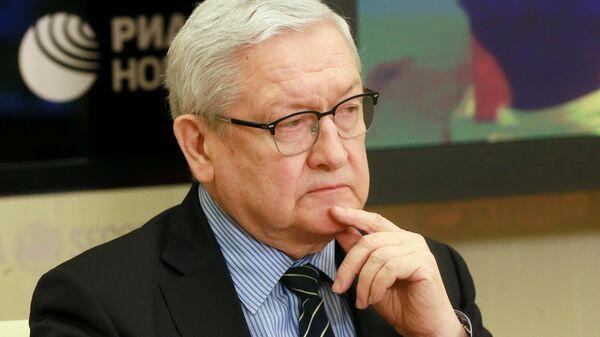 Вячеслав Трубников в Международном мультимедийном пресс-центре МИА Россия сегодня
