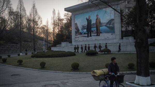 На улицах Пхеньяна