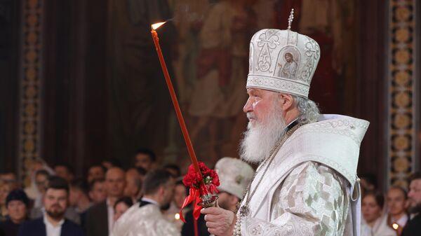 Патриарх Московский и всея Руси Кирилл проводит праздничное пасхальное богослужение в храме Христа Спасителя в Москве