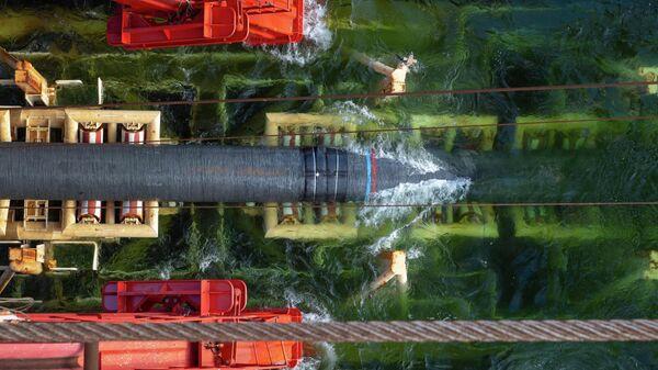 Судно Solitaire выполняет работы по укладке газопровода Северный поток - 2