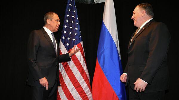 Министр иностранных дел России Сергей Лавров и госсекретарь США Майк Помпео во время встречи в Рованиеми, Финляндия. 6 мая 2019