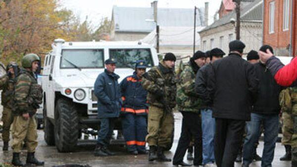 При нападении на генерала МВД в Махачкале ранены его жена и водитель