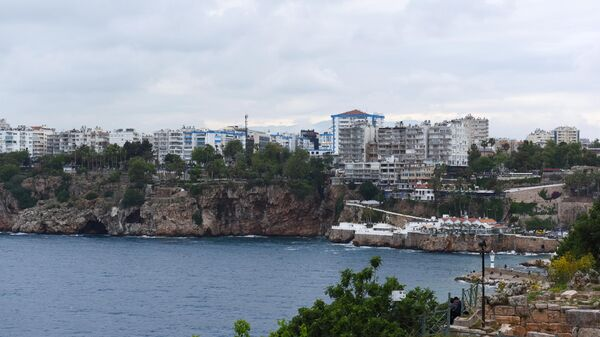 Вид на порт в Анталье