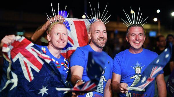 Болельщики из Австралии перед началом выступлений артистов в первом полуфинале международного конкурса Евровидение-2019