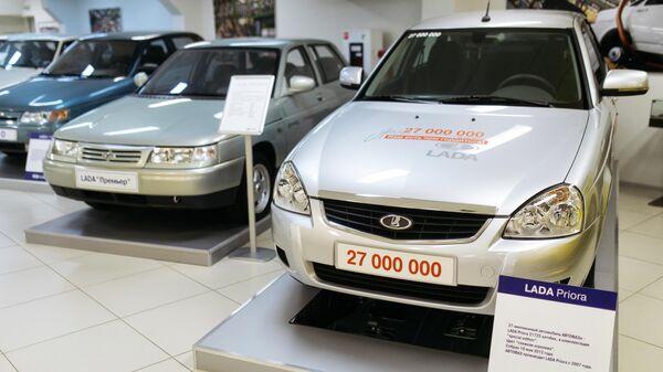 Автомобиль Lada Priora 21723 хэтчбек в музее прототипов АвтоВАЗ в Тольятти