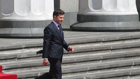 Избранный президент Украины Владимир Зеленский после церемонии инаугурации в Верховной Раде в Киеве. 20 мая 2019