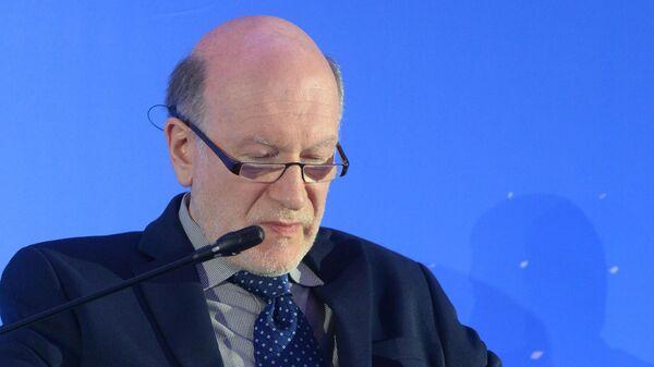 Бывший руководитель администрации президента РФ Александр Волошин во время конференции Российский фондовый рынок. 21 мая 2019