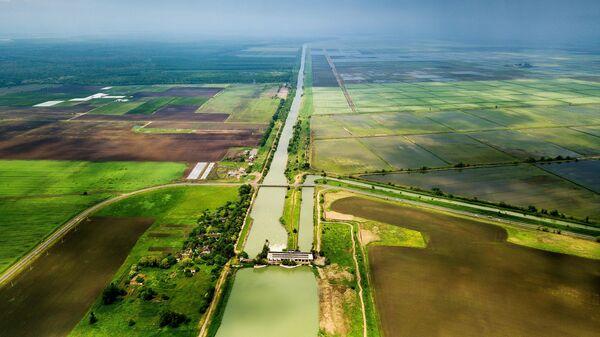 Магистральный оросительный канал в Краснодарском крае