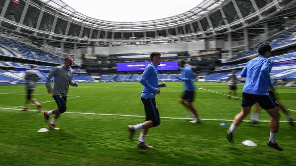 Футбол. Тренировка ФК Динамо на новом стадионе