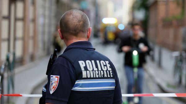 Полиция на месте взрыва в Лионе, Франция. 24 мая 2019