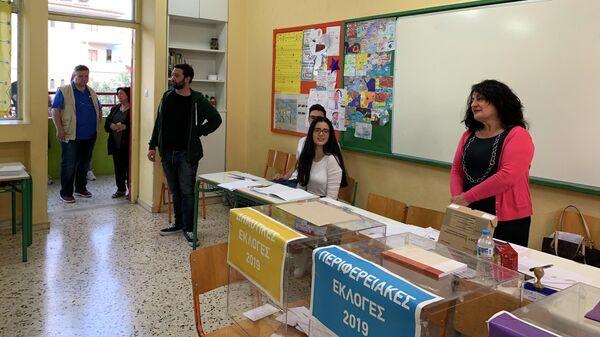 Работа избирательного участка в Греции