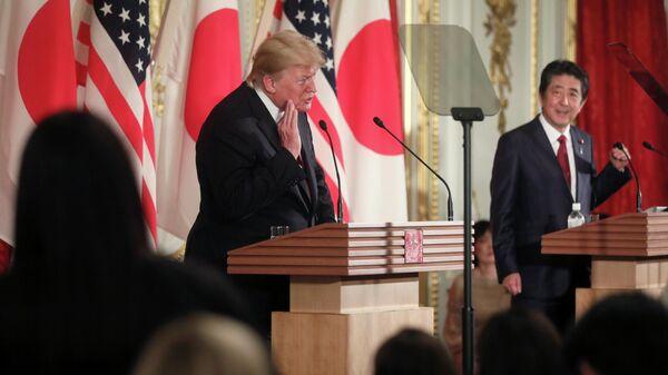 Президент США Дональд Трамп на пресс-конфернции с премьер-министром Японии Синдзо Абэ. 27 мая 2019