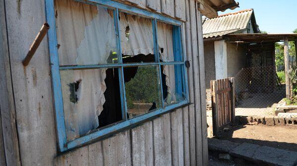 Последствия обстрела поселка Голубовский в ЛНР со стороны ВС Украины