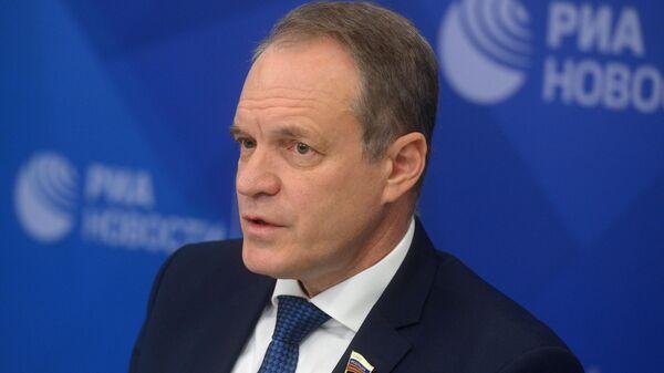 Член Комитета Совета Федерации по конституционному законодательству и государственному строительству Александр Башкин