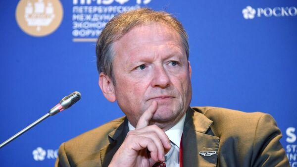 Уполномоченный при Президенте РФ по защите прав предпринимателей Борис Титов на ПМЭФ-2019