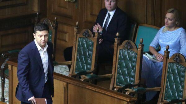 Президент Украины Владимир Зеленский на заседании Конституционного суда в Киеве