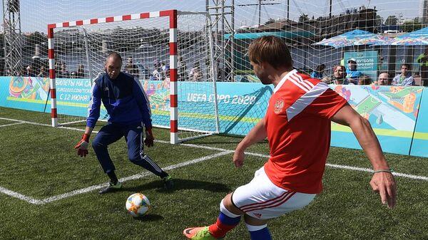 Александр Филимонов (слева) и Дмитрий Сычёв
