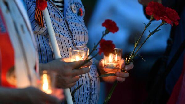 Акция Вахта памяти. Вечный огонь в Александровском саду