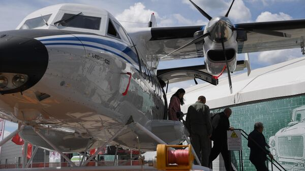 Многоцелевой двухмоторный самолёт Let L-410 Turbolet