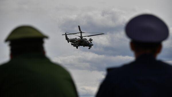Одиночный пилотаж вертолета Ка-52 Аллигатор на V Международном военно-техническом форуме Армия-2019