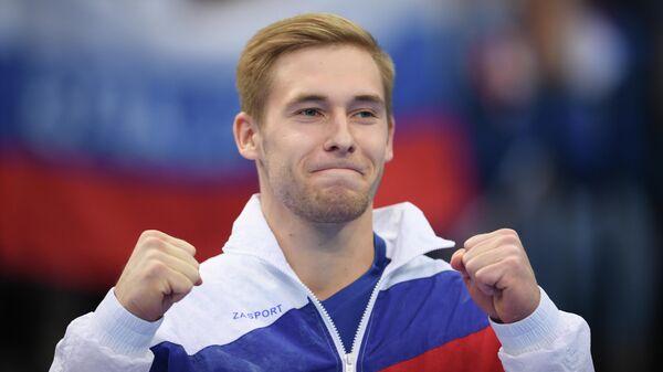 Владислав Поляшов