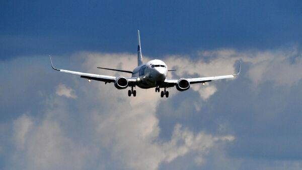 Cамолет Boeing 737 авиакомпании UTair