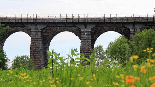 Мост через реку Большая крутая губа на КБЖД