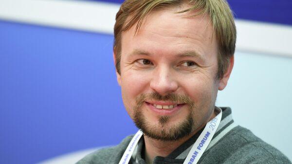 Экскурсовод, редактор сайта Прогулки по Москве Александр Усольцев на форуме Мой район