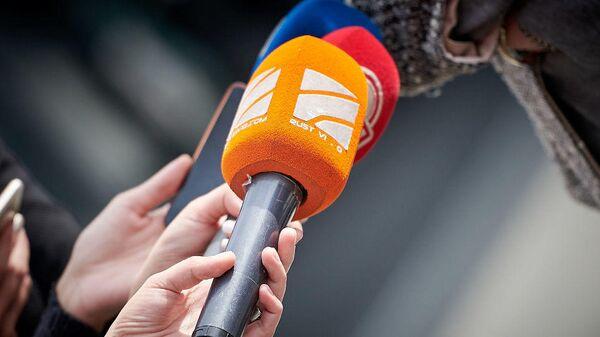 Микрофон телекомпании Рустави-2