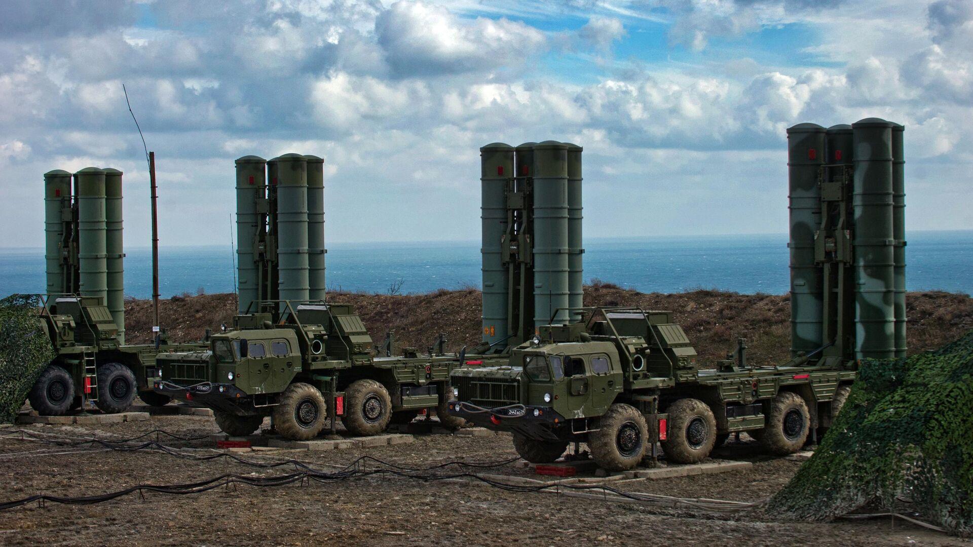 Зенитные ракетные комплексы С-400 Триумф - РИА Новости, 1920, 09.06.2021