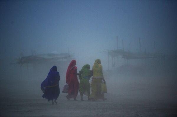 Пыльная буря в Сангаме, Индия